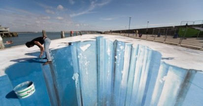 3D Ice Age Crevasse in the Making