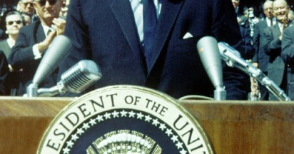 John F Kennedy Speech on Travel to the Moon