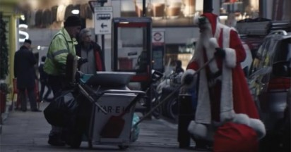 Kit Kat Break Claus gives workers a break