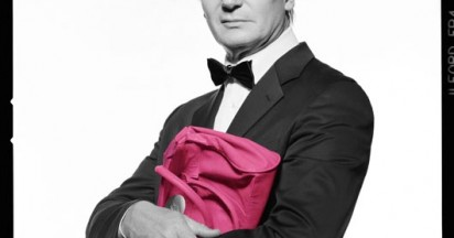 Men with Pink Handbags for Breast Cancer Research