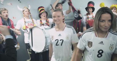 Mercedes Backs Germany Womens Football