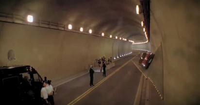Mercedes SLS AMG Tunnel Experiment