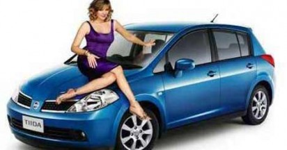 Nissan Tiida promoted by Kim Cattrall
