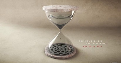 Portonave Hourglass for World Water Day