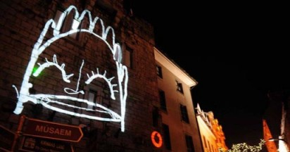 Vodafone Christmas Laser Graffiti